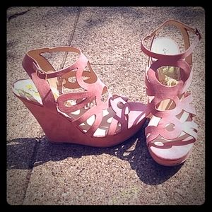 Qupid strappy wedges